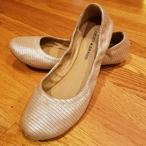 Lucky Brand Silver Emmie Flats